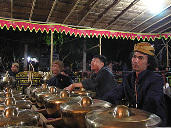 The bonang section of a gamelan orchestra. Photograph by Honggo Utomo, Manyaran, Central Java,  June 2007.